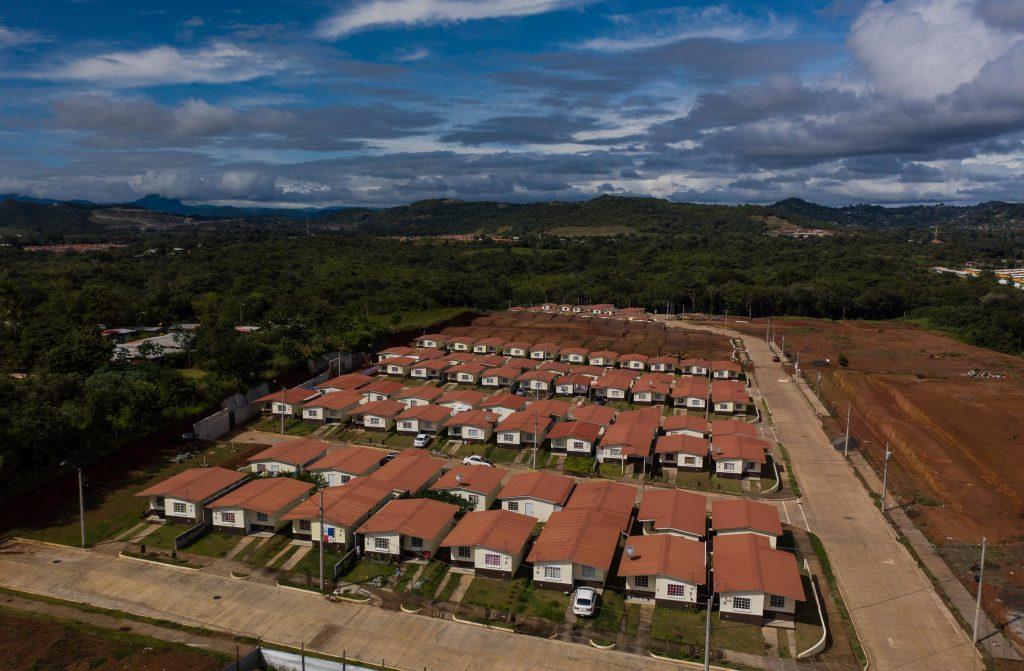 Venta de casas en Panamá Baratas Vista aérea Jardines de La Mitra